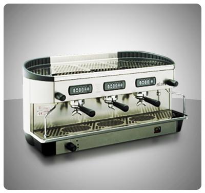 "Máquina Café Espresso 3 Grupos Marca ""Bezzera"" Italia  Modelo ELLISSE-P3G"