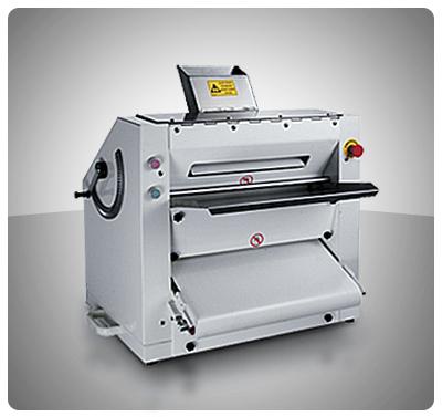 "Formadora Semi Automática (Semi Industrial) Para Pizzas, Pan Arabe, Pan Pita, Tortillas, Etc. ) ""Iboia"" – HL-P300"